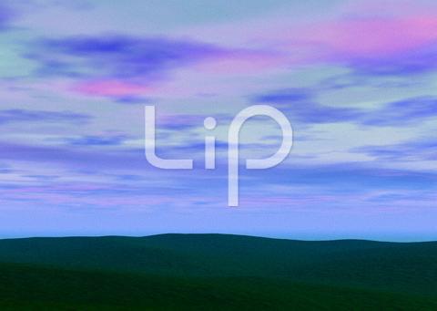 平原と水色の雲